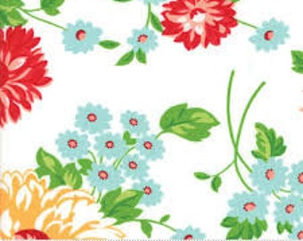 Good Life by Bonnie and Camille Scrumptious Floral White -- 1/2 YD