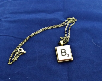 SCRABBLE INITIAL B NECKLACE with chain
