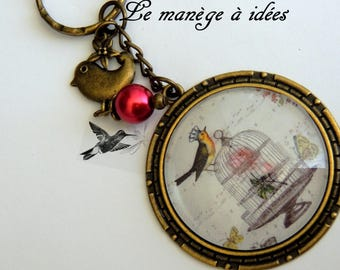 Key ring/cabochon/Metal Bronze / the bird in freedom/romantic.