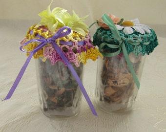 Set of 2 Potpourri Jars w/Crochet Tops and Potpourri Green, Yellow, Purple