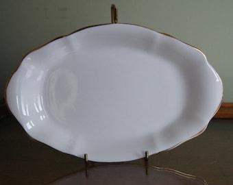 "Royal Albert Val D'or 8 1/8"" Oval Relish dish"