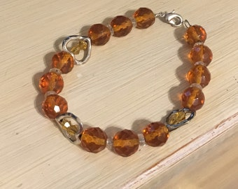 Root beer glass bead bracelet with hearts, brown heart bracelet, heart jewelry, brown glass bracelet, women's jewelry, brown heart bracelet