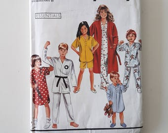 """Sewing Pattern for Child Tween Teen Pajamas, Nightshirt, Robe, Gi Boys & Girls PJs Vintage Size 7 to 14 Chest 26-32"""" UNCUT Simplicity 9936"""
