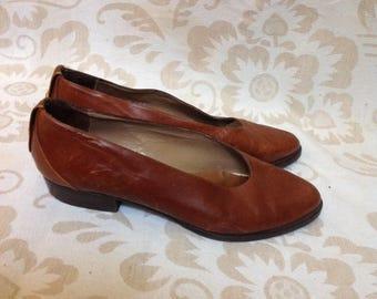 80s Brown Pointy Toe Flats Cognac Classic US 6 EU 37 UK 4