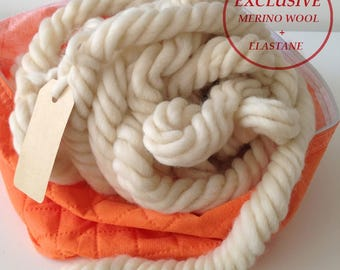 Giant yarn wool Arm knitting yarn Chunky yarn Chunky merino wool Jumbo yarn Rug wool Arm knit blanket wool Ivory white giant wool col.5508