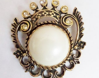Unsigned Faux Pearl and Clear Rhinestone Ornate Metal Brooch