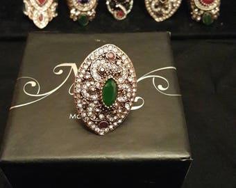 Green Cleopatra ring
