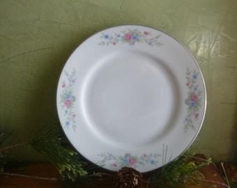 "Florenteen Fine China Fantasia Bread & Butter Plate    6  1/4"" Diameter"