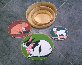 Vintage Wooden Containers 3 Set Farm Animal Design Oval Nesting Storage Boxes 1980s Home Decor Pig Goat Rabbit Pattern 1980s.
