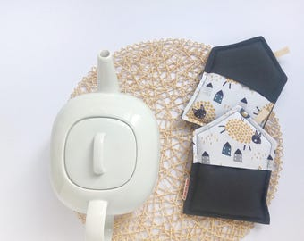 Kitchen pot holders, fabric pot holders, grey pot holders, oven mitts, new home gift, bridal gift, Nordic style pot holders