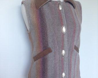 Vintage western style fleece vest / Multi coloured striped pattern / Unique metal silver buttons