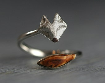 Sterling and oak wood wrap fox ring. Adjustable silver ring with fox face and wooden tail. 925 Sterling silver fox jewelry for her..