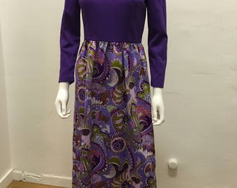 1970's vintage hippie  purple  psychedelic print maxi dress