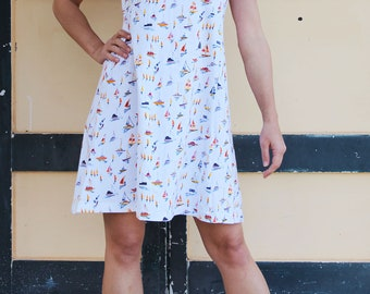 Vintage white multi-color ships printed jersey dress.one size
