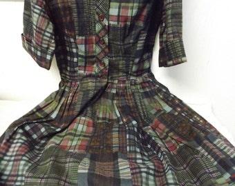 1950s Girl Size 5 Plaid Dress Union Label USA Made