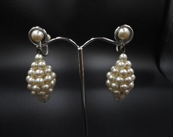 Vintage Art Deco Silver Tone & Ivory Faux Pearl Cluster Drop Screw Back Earrings - 1930s - Ideal Bridal/Prom/Cruise - Downton/Gatsby