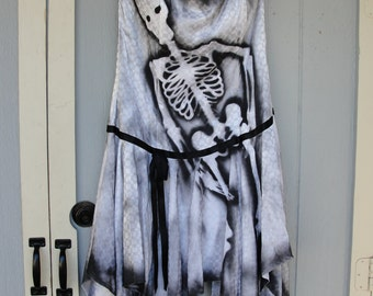 1980s Gunne Sax dress hand painted with skeletons day of the dead dia de los muertos or halloween costume Large XL size 13/14 large plus