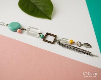 Long pendentif pastille turquoise, carré laiton, feuille argent, frange de chaîne, sautoir turquoise, long collier zen pastel, chaîne inox