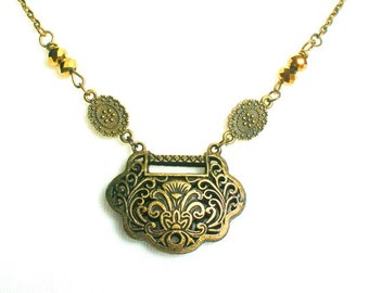 Elegant vintage necklace, Antique brass jewellery, Statement necklace, Gift for mum, Beautiful charm necklace, Gift  for her