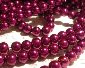 50 glass Pearl 8 mm with a beautiful Burgundy beads