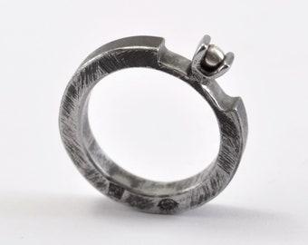 Peeling Session - iron, silver