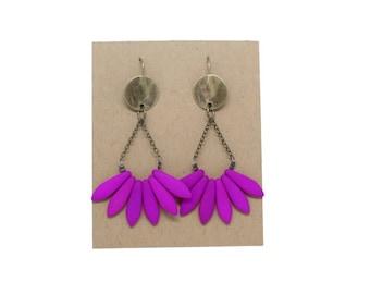 APACHE fuschia earrings