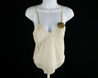 Vintage beige camisole NOS New old stock size petite Farr West chest 32 made in USA