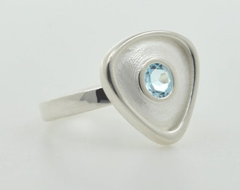 Rionore Sterling Silver Blue Topaz Gemstone Ring