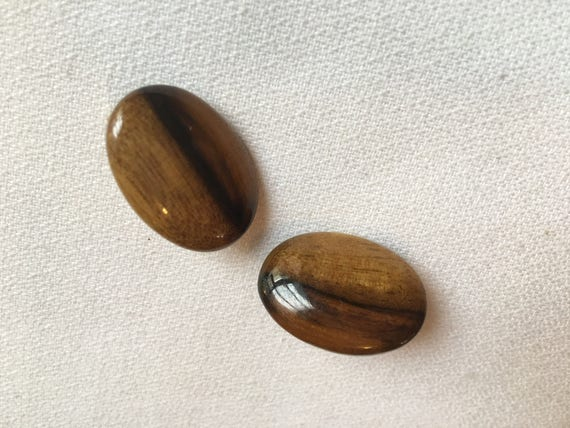 Vintage Polished Mid Century Real Natural Wood Clip On Earrings