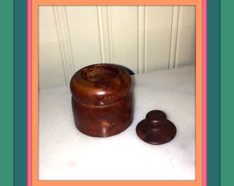 Burled walnut box / Trinket Box / Snuff Box
