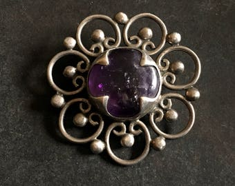 Vintage amethyst and sterling brooch from Mexico signed PF.