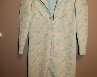 Vintage size medium  ladies light coat