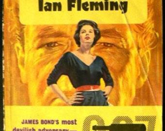 vintage paperback ... GOLDFINGER by Ian FLEMMING ...