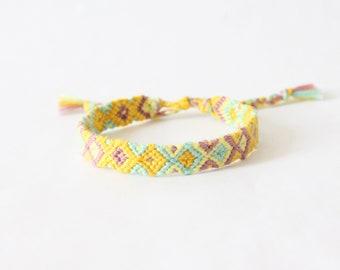Daffodils Friendship Bracelet, Diamond Pattern woven bracelet, knotted bracelet