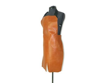 Apron in leather fullgrain color amber