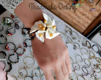 floral seashell bracelet