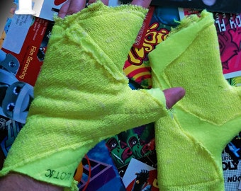 cybergoth distressed fingerless gloves.
