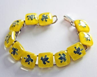 Frog bracelet, Fused Glass Jewelry, Animal Bracelet, Link Bracelet, Frog Jewelry, Yellow Bracelet, Fused Glass Bracelet, Handmade in USA