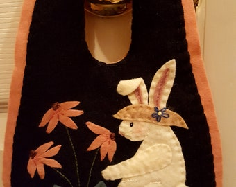 Gina's GARDEN BUNNY Door Hanger Instant Download PATTERN