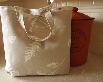 Cotton bag, lined with wadding and a star motif cotton lining