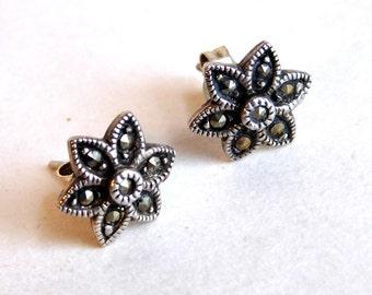 Vintage Sterling Silver Marcasite Flower Stud  Earrings - Post Earrings for Pierced Ears - Hallmarked 925 Sterling Silver Jewelry - Sweet