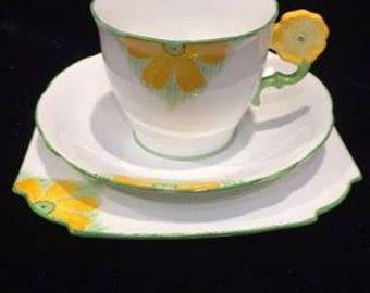 Aynsley flower handle vintage tea cup