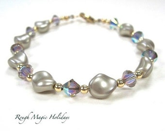 Pearl Wedding Bracelet Bridal Jewelry, Beaded Swarovski Crystal, Gold Filled, June Birthstone Birthday Gift for Women, 50th Anniversary Gift