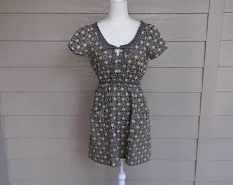 Cute Grey Peasant Dress