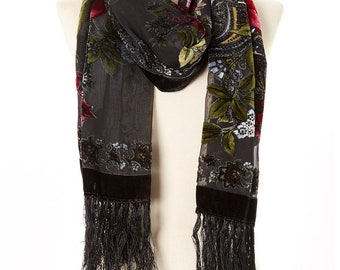Women's Vintage Black & Red Roses Silk-Blend Scarf