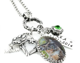 Cat Photo - Cat Jewelry - Personalized Necklace - Memorial Jewelry - Cat Remembrance Necklace - Pet Loss