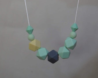 TEETHING NECKLACE- BPA Free Silicone. Gorgeous For Mums, Comforting For Bubs!