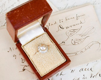 Antique Ring Box / Leather and Gilt / Engagement Ring Presentation Box