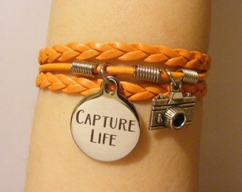 Photography bracelet, photography jewelry, camera bracelet, camera jewelry, capture life bracelet, capture life jewelry, fashion bracelet