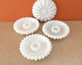 Vintage Milk Glass Scalloped Daisy Candlestick Holders - 4